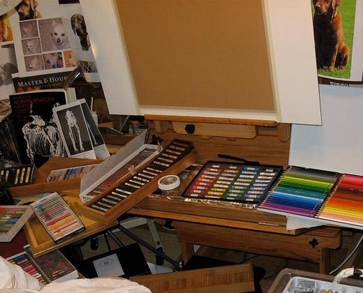 art easel pastels colors photo